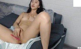 Girl china masturbating with extremely happy sextoy